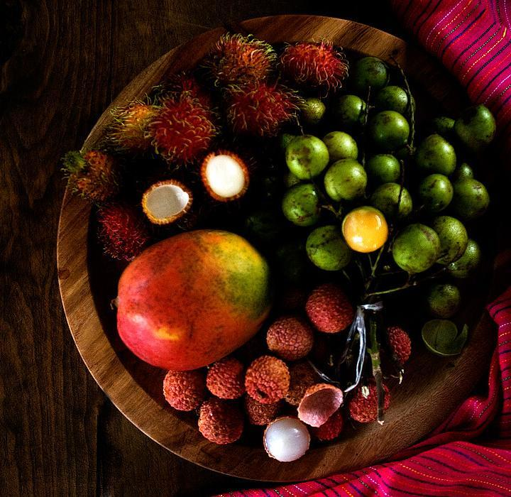 Huaya Fruit, Lychee, Rambutan and a Mango | More Exotic Fruits from Southern Mexico | #huaya #lychee #rambutan