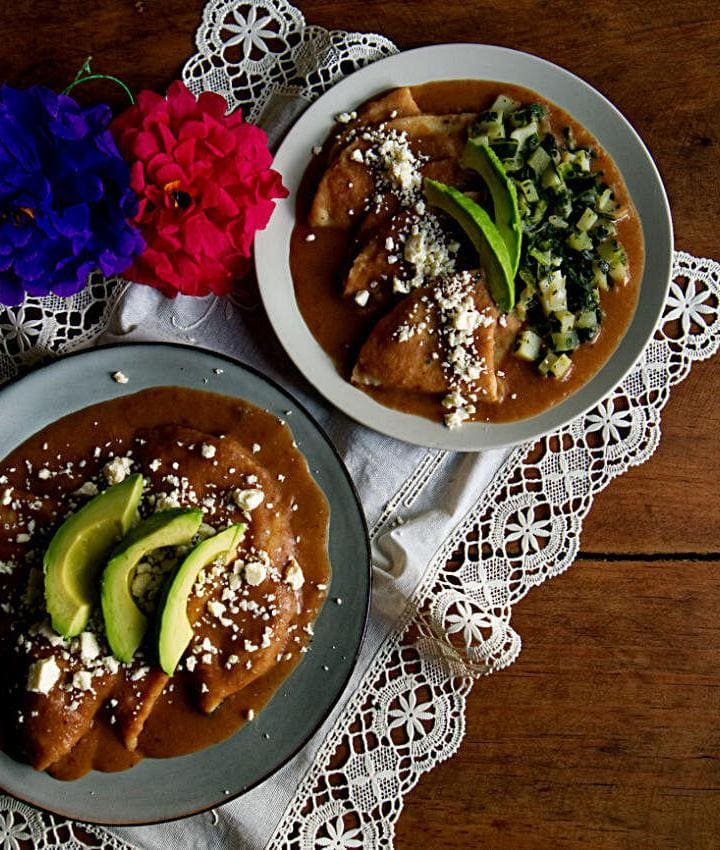 How To Make Enfrijoladas   Enfrijoladas recipe with potato and collard greens