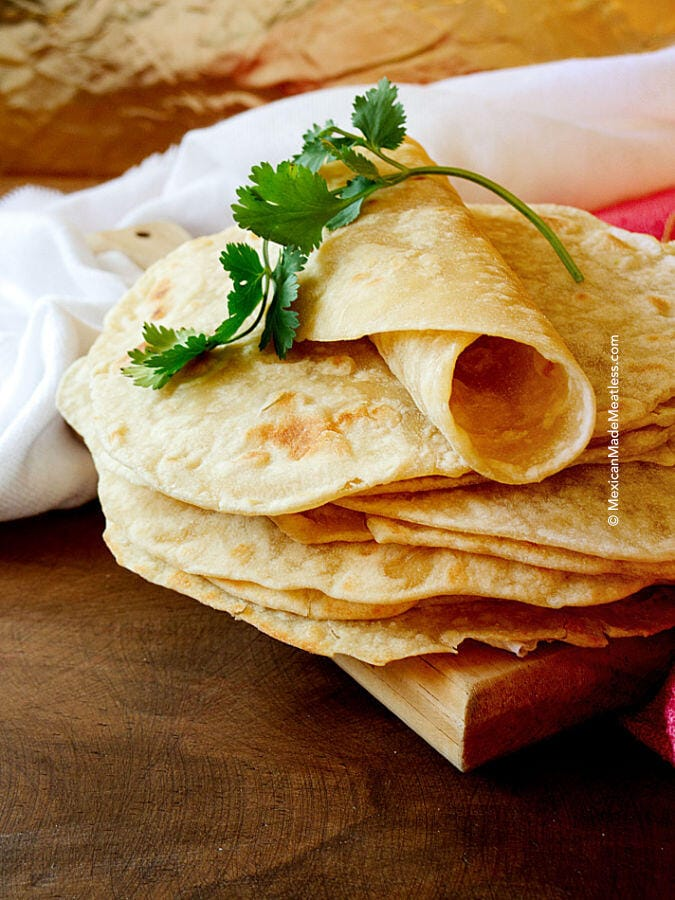 Homemade Easy and Cheap Vegan Flour Tortillas