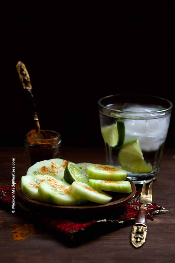 Mexican Cucumber Snack of Cucumbers with Chili Pepper and Lime Juice |Pepinos con chile y limon