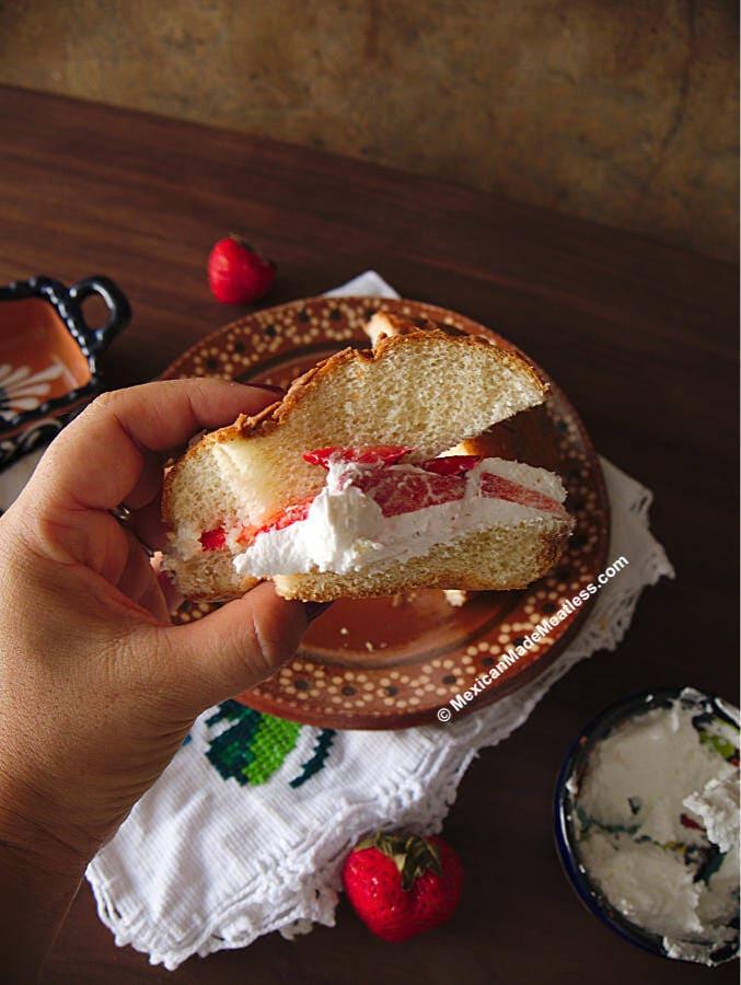 Concha Strawberry Shortcake Recipe