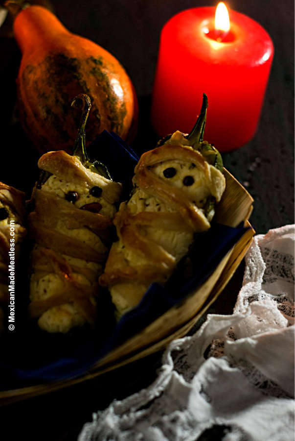 Adorable Jalapeno Mummy Poppers