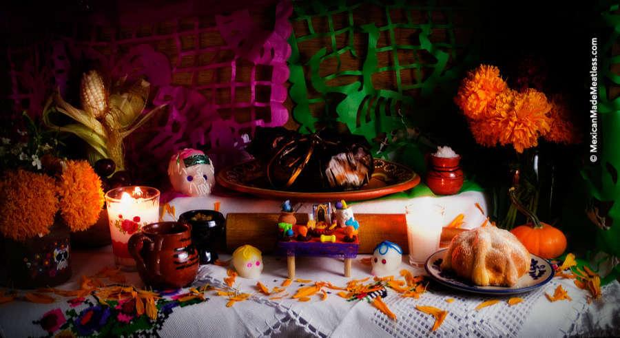 A small Dia de los Muertos Altar