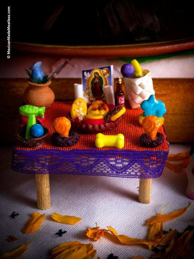 How to build a Dia de los Muertos Altar