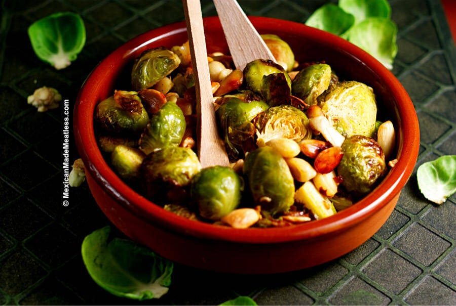 Roasted Almonds and Brussels Sprouts Recioe