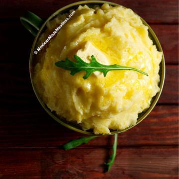 Learn how to make the best creamy and garlicky mashed potatoes