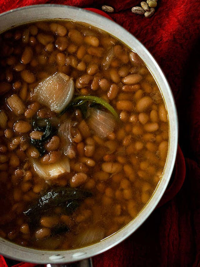 How to Make Mexican Beans from Scratch