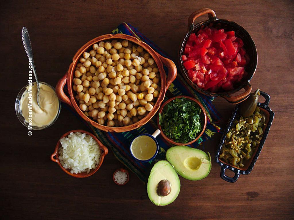 Ingredients to Make Mexican Vegan Ensalada de Atun