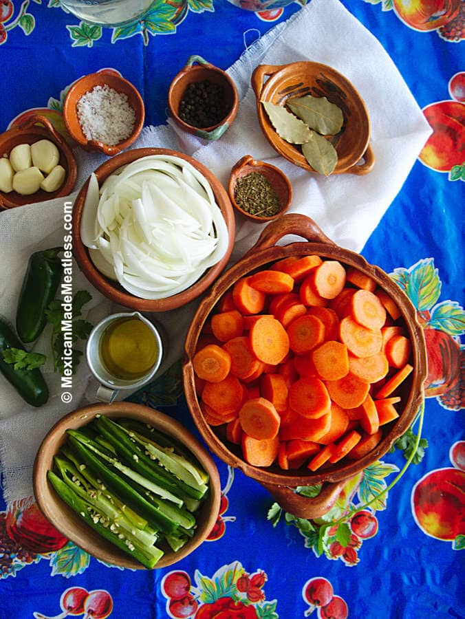 Mexican Pickled Carrots Recipe