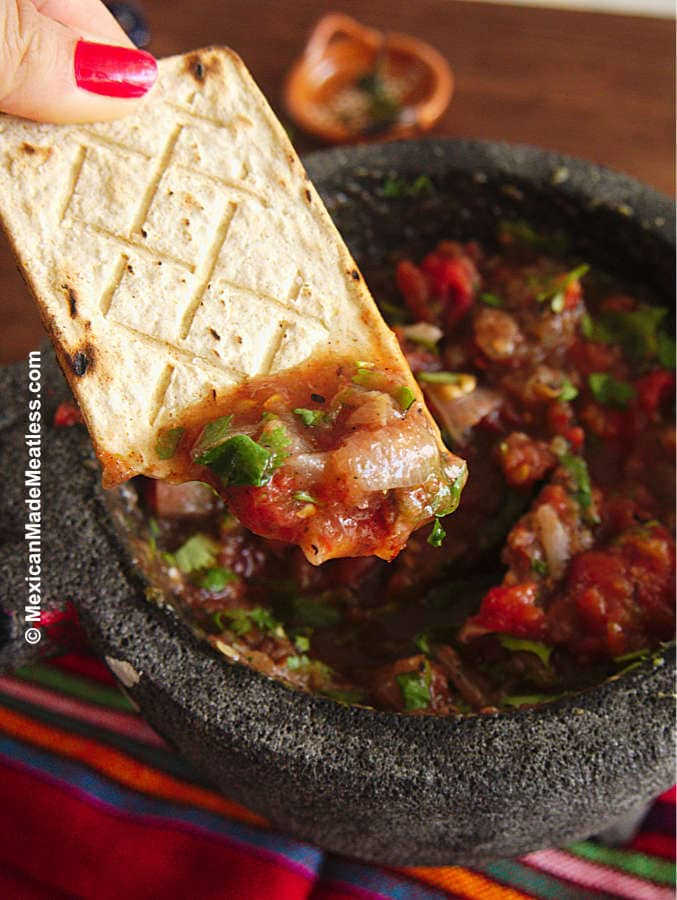How to Make Fire Roasted Tomato Salsa