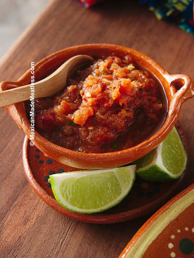 Tomato and Chile de Arbol Salsa
