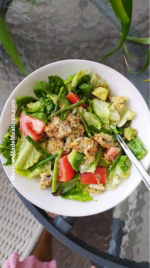 Green Salad with Vegan Fried Chicken